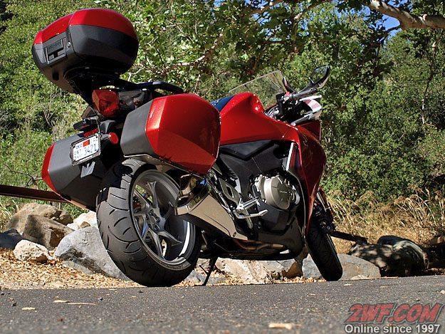 Honda VFR1200F - Rear View