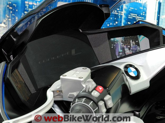 BMW Concept C Instruments