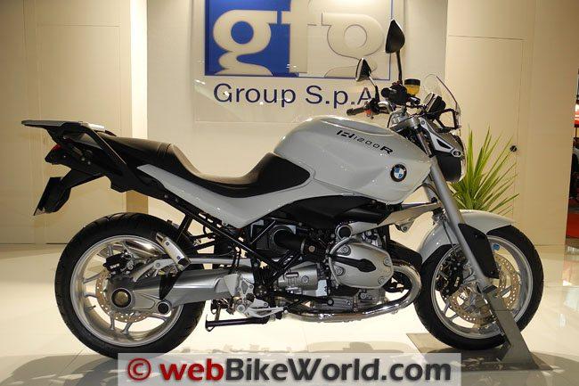 BMW R1200R - White