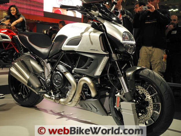 Ducati Diavel - White