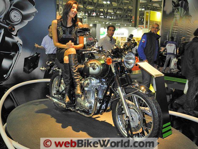 Kawasaki W800 - Front