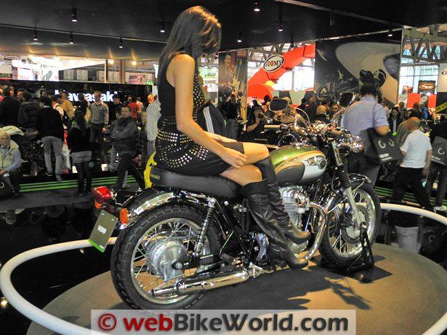 Kawasaki W800 - Rear