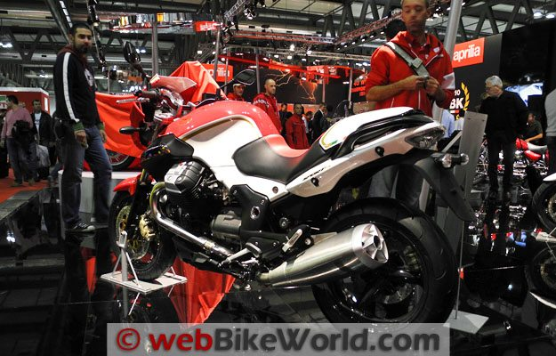Moto Guzzi Sport 8V - Rear