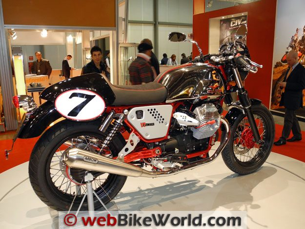 Moto Guzzi V7 Cafe Racer Right Side