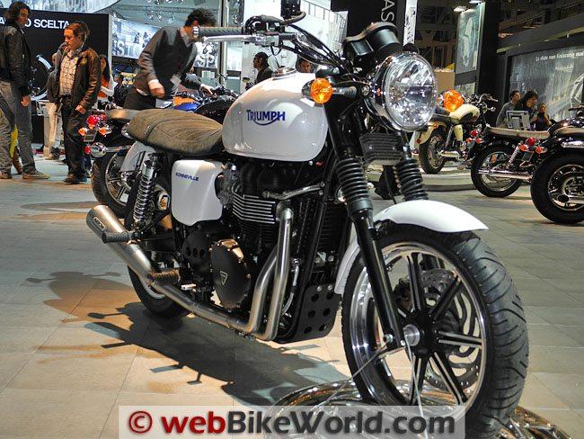 Triumph Bonneville SE - Front