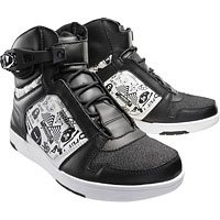 Shift Kicker Street Shoe in Black and White