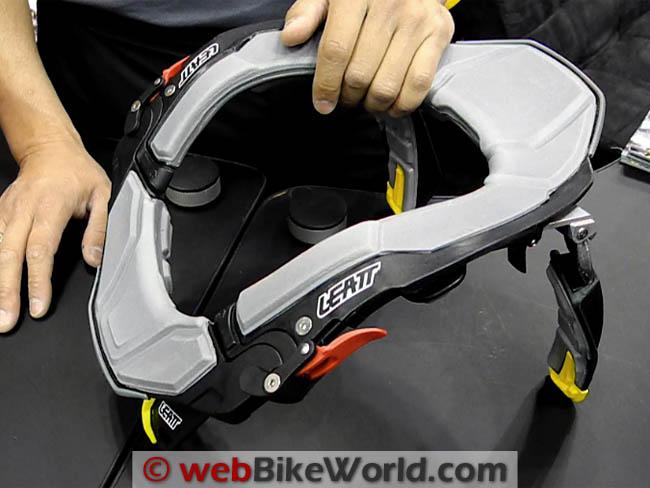 Leatt STX Brace