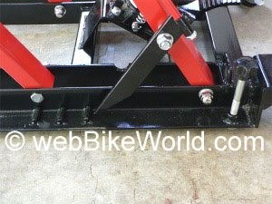 Motorcycle lift safety latch