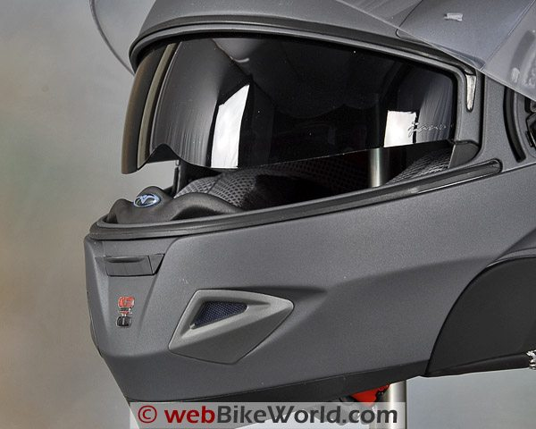 Vemar Jiano Helmet - Internal Sun Shade and Chin Vent
