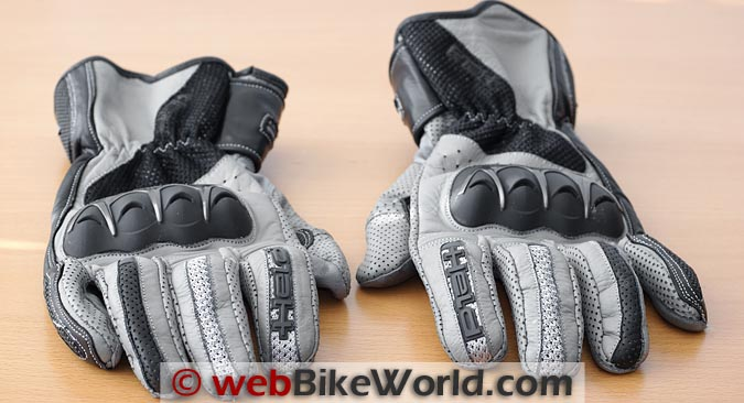 Held Air Stream Gloves