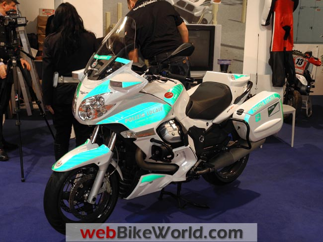 Moto Guzzi Police Motorcycle Reflectivity