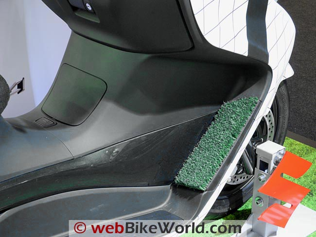Suzuki Golf Floorboards