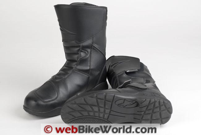 Alpinestars Roam Boots Front Bottom Sole