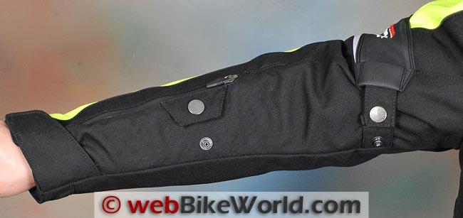 Clover Tekno Jacket Sleeve