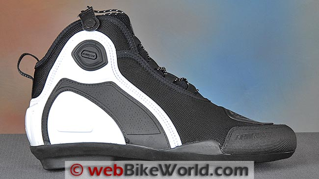Dainese Asphalt Shoes Outside
