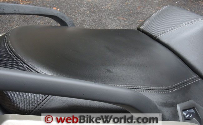 BMW Scooter Seat After Glare Blast Treatment