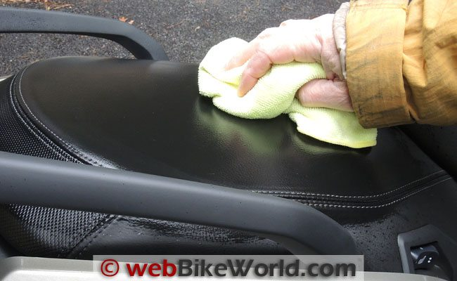 BMW Scooter Seat During Wipe