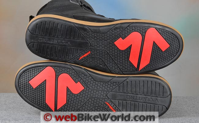 VQuattro Milano Paperboy Boots Soles