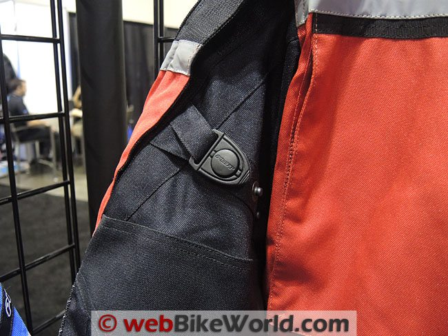 Pilot Trans-Urban Jacket Sleeve Adjuster
