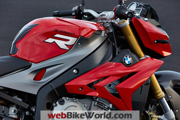 BMW S 1000 R Side View