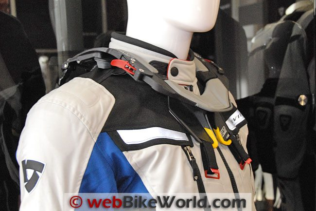 REV'IT! Sand II Jacket With Leatt Brace Front