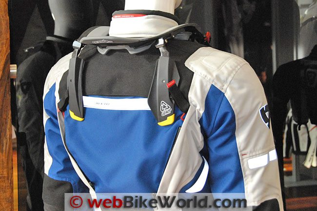 REV'IT! Sand II Jacket With Leatt Brace Rear