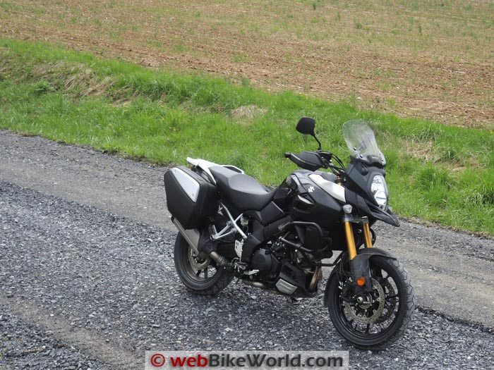 Suzuki V-Strom 1000 ABS Adventure Gravel Road