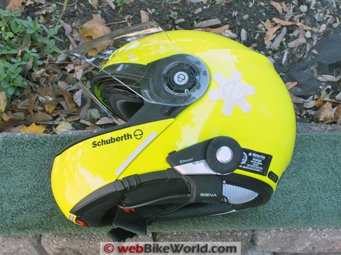 Sena 20S on SCHUBERTH C3 Helmet