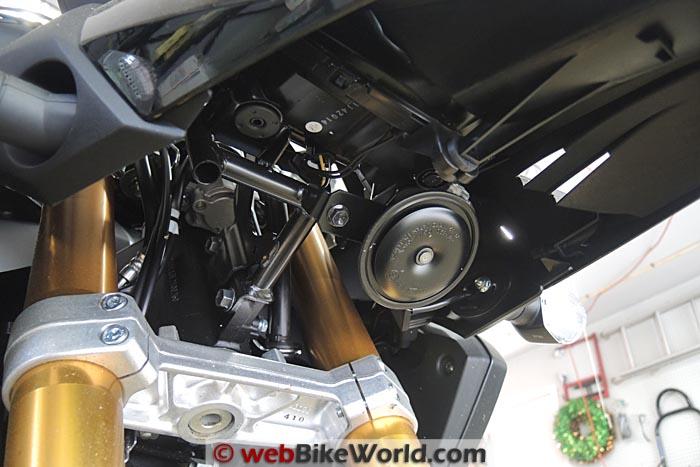Stock Suzuki Horn