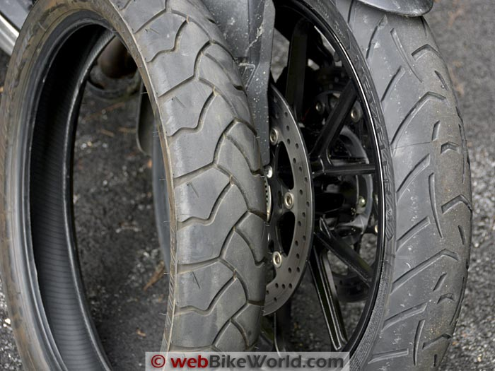 Bridgestone Battle Wing vs. Metzeler Tourance Next Front