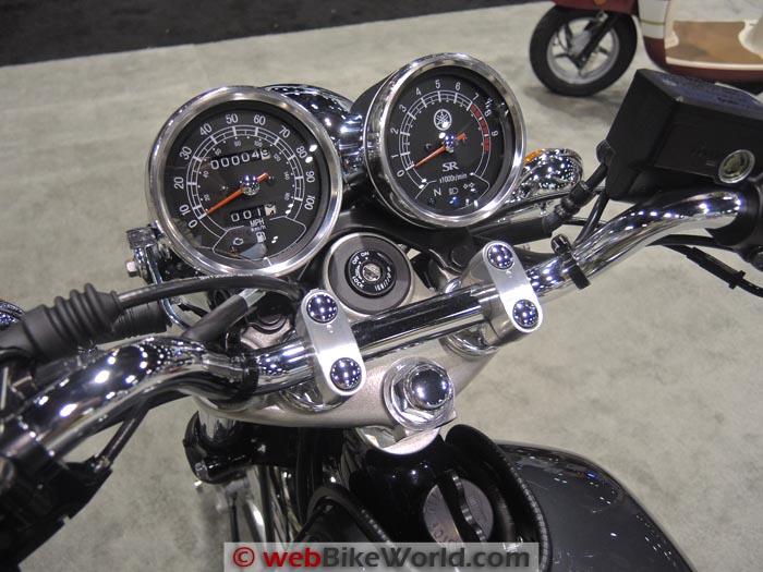 Yamaha SR400 Instruments