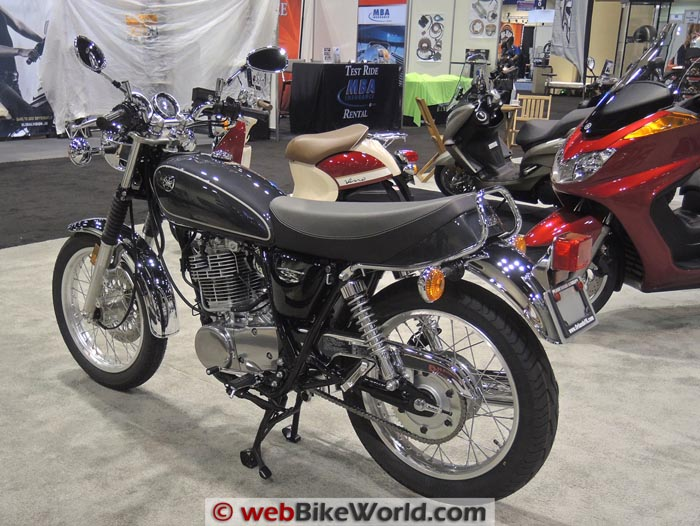 Yamaha SR400 Left