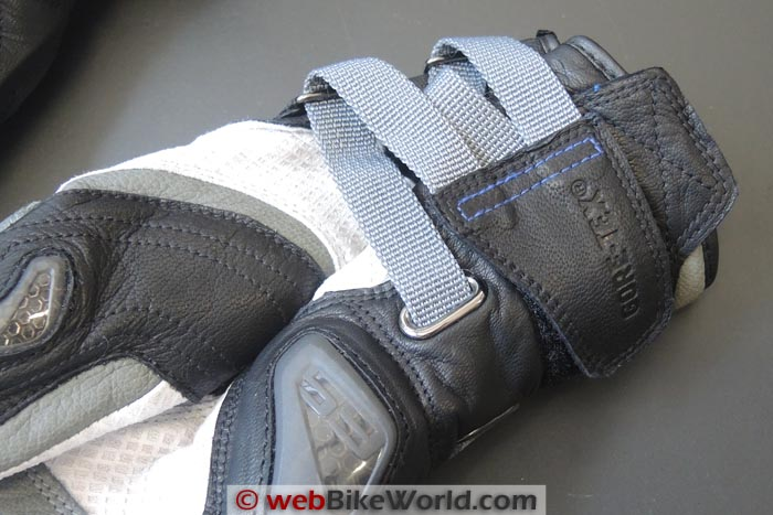REV'IT! Dominator GTX Gloves Wrist Close-up
