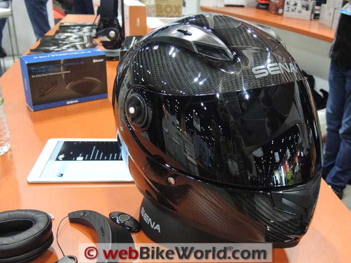 Sena Smart Helmet in Carbon Fiber