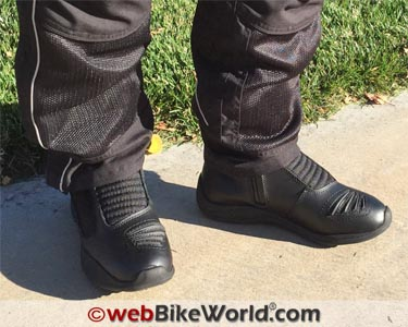 01033129bfb Icon Reign Waterproof Boots Review - webBikeWorld