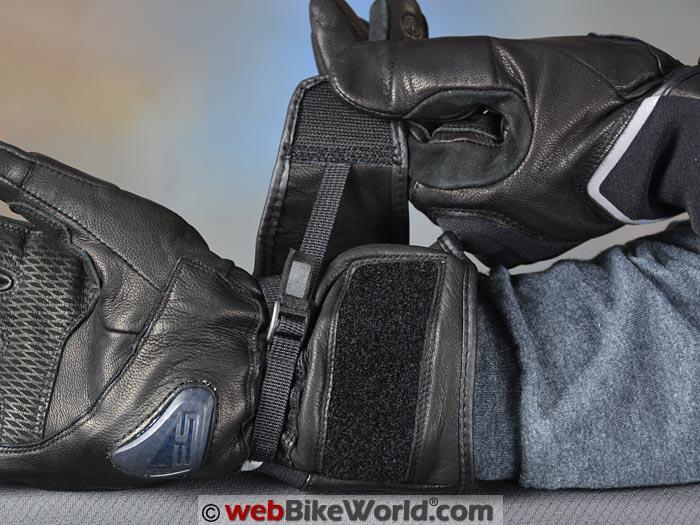 REV'IT! Summit 2 H2O Gloves Wrist Strap