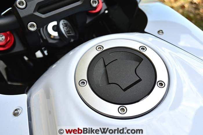 Fuel Filler on Versys 650