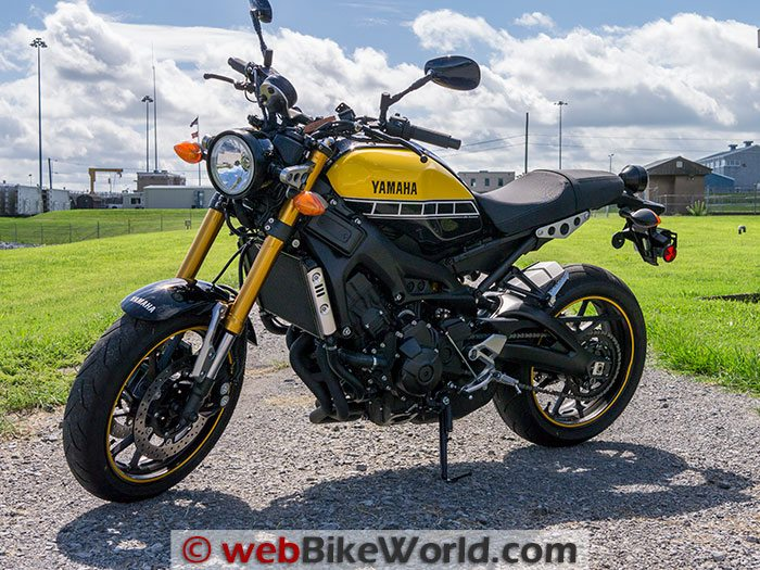 Yamaha XSR900 Left Side