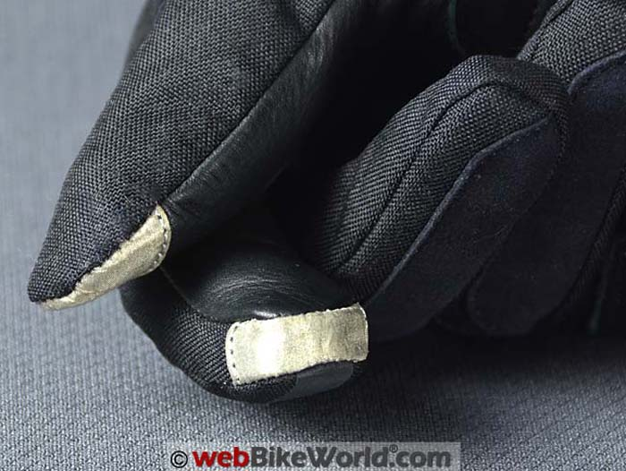Pilot Obsidian Gloves Touch Sensitive Fingertips