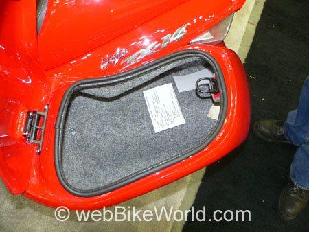 Corbin Beetle Bags - Kawasaki ZX-14 - Interior