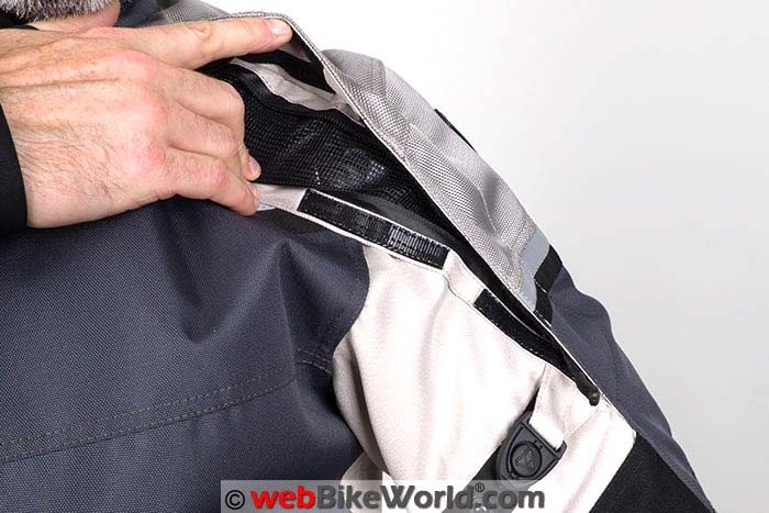Pilot Trans-Urban Jacket V2 Shoulder Sleeve Vent Open
