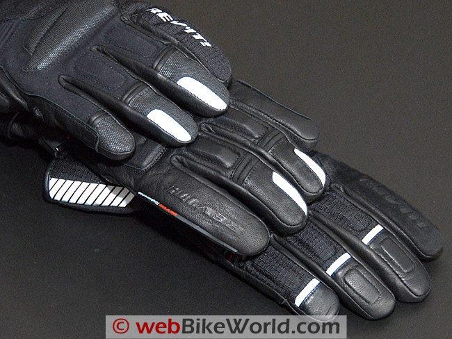 Comparison of Fingertips on Rev'it Gloves