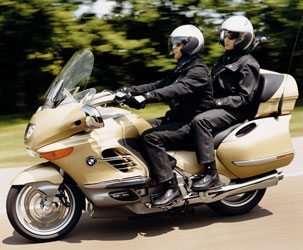 Bmw K1200lt R1200gs Named Motorcycle Of The Year Webbikeworld
