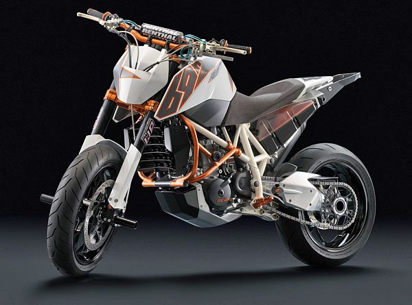 2008 KTM Stunt 690 - Right Front