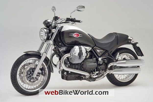 2009 Moto Guzzi Bellagio - Left Front