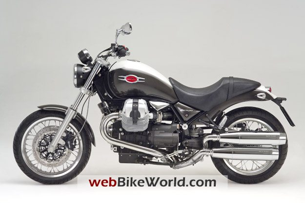 2009 Moto Guzzi Bellagio - Left Side