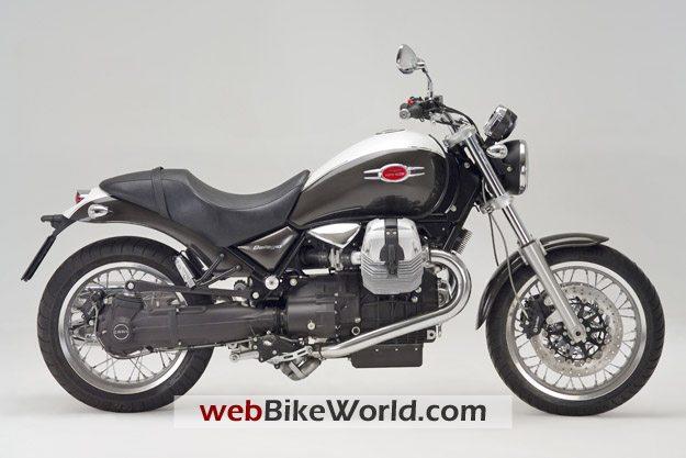 2009 Moto Guzzi Bellagio - Right Side