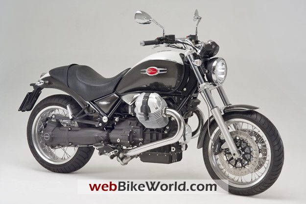 2009 Moto Guzzi Bellagio - Right Front