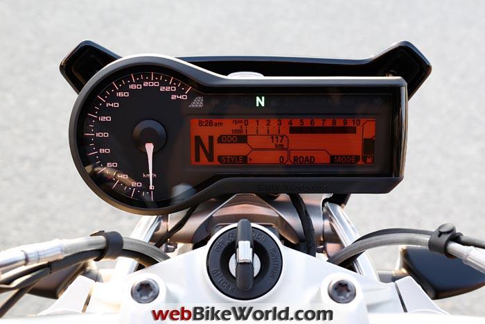 2015 BMW R1200R Instruments