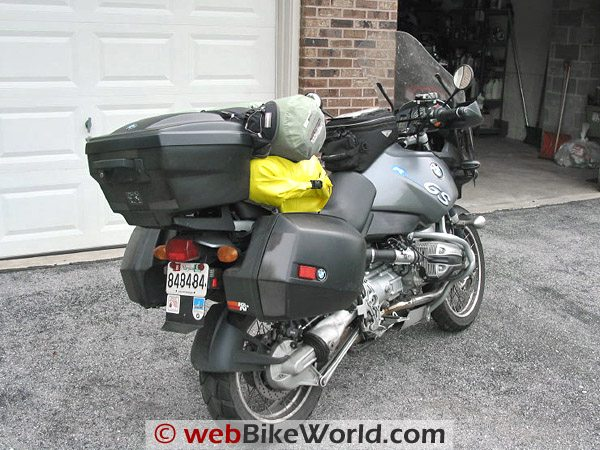 BMW R 1150 GS - Rear View